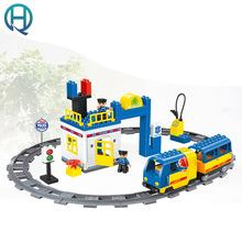 HuiMei Rail Car Police Station DIY Model Building Blocks Bricks Baby Early Educational Learning train Toys for Kids Children