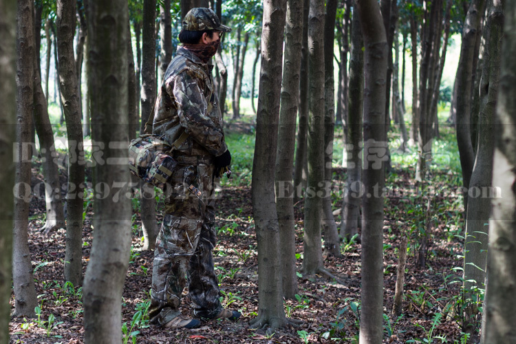 Bionic Camouflage Hunting Clothes Pine Leaves Camouflage Hunting Clothes Jacket Pants Mask and Cap CS Suits Combat Uniforms<br><br>Aliexpress