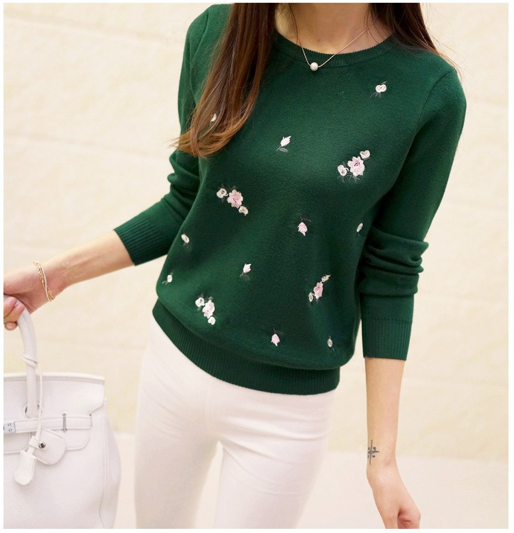 S-3XL New Youth Women's Sweater Autumn Winter 17 Fashion Elegant Peach Embroidery Slim Girl's Knitted Pullover Tops Female 25