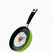 Hot Creative Wall Hanging Fried Egg Pan Clock Funny Cooking Decro Any Room Omelette Kitchen Tools Griddles Girll Pans V1928