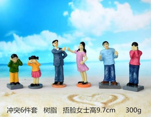 Mental sand sandbox game with Sandplay psychological product Family conflict 6pcs/set<br>