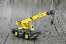 The original factory TWH 1:50 GMK3055 YB5515 4*4 truck crane model Grove Alloy model Collection model Holiday gift