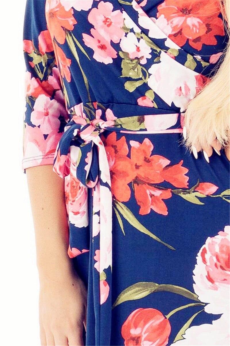 navy-floral-34-sleeve-crossover-v-neck-maxi-dress-detail_05252017__06970.1495820614.1280.1280