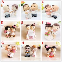 Free Shipping Adorable Resin Crafts Bride & Groom Cake Topper Wedding Party Cake Decoration Cute Small Figurine