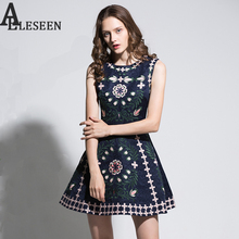 Sweety Active New Dresses 2017 Autumn Fashion Sleeveless Luxury Jacquard Fit And Flare Floral Embroidery Navy & White Mini Dress(China)