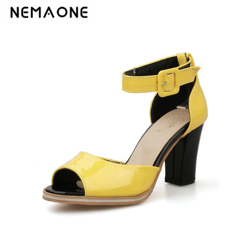 Fanyuan Open Toe Sandals Women Shoes Thick Heel Buckle Strap 2018 Summer Solid Girls Casual Sandals Plus Size34-43<br>
