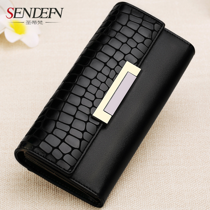2018 Fashionable ladys wallet is a simple wallet, leather wallet.<br>