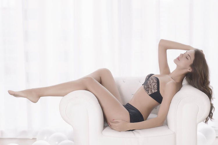 17 New Sexy Lace Invisible Bra Finger Shape Design Push Up Anti-slip Strapless Bras For Women Bralette Seamless Elastic Bra 18