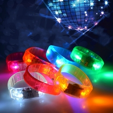 50pcs Music Activated Sound Control Led Flashing Bracelet Light Up Bangle Wristband Night Club Activity Party Bar Disco Cheer
