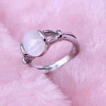 Vintage Vampire Movies Jewelry Hollow Out Natural Opal Cat Eye Rings The Twilight Bella Moonstone Ring For Women Valentine Gift(China)