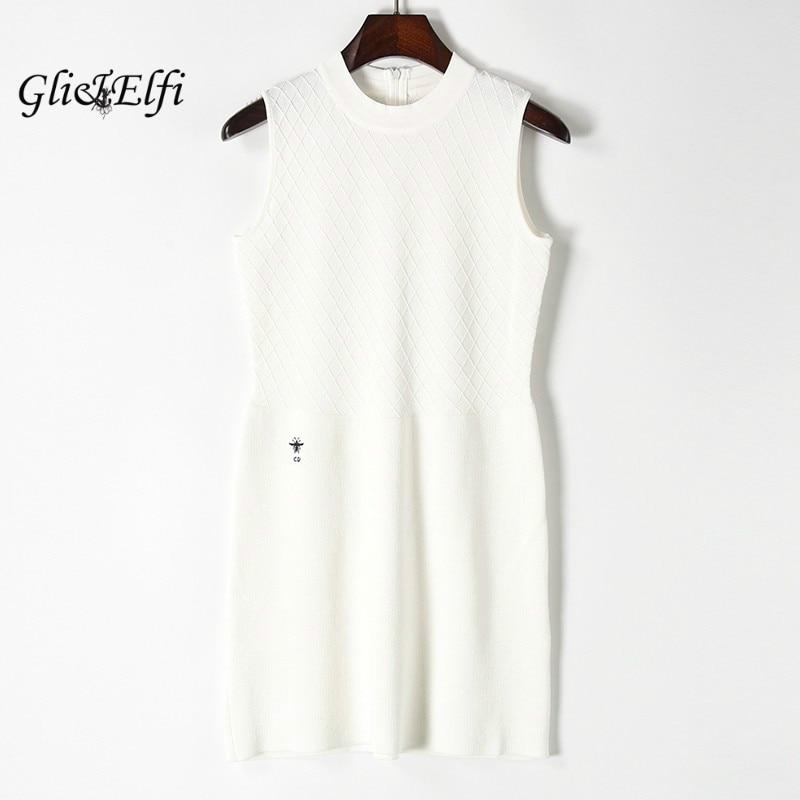 Women Embroidery Cardigan Sweater Dress 2017 Summer Sleeveless Pull Femme Checkered Knitted Zipper White Casual Pencil KnitwearÎäåæäà è àêñåññóàðû<br><br>