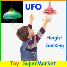 RC Remote Control Toys UFO Mini Helicopter Quadcopter Infrared Induction Sensor Hovering Floating Flying Saucer Sensor