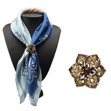 2016 Fashion Rhinestone Brooches Pins Opal Stone Flower Scarf Clips Crystal Three Buckle  Scarf Clips for Women Girls Gifts