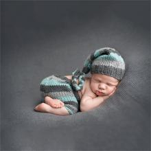 Hot Sale Baby Newborn Photography Props Handmade Knit Crochet Costume Striped Hat And Pants For 0 to 3 Months Girl Boy