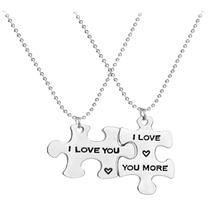 "Newest Fashion 2 PCS Puzzle Pendant Couple Necklaces Jewelry Wholesale ""I Love You"" ""I Love You More"" Heart Beads Necklace Gift"