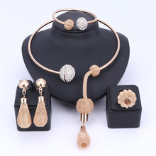 Charm Dubai Gold Color Crystal Jewelry Sets For Women African Pendant Necklace Earrings Bangle Rings Party Dress Accessories