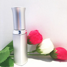 free shipping 5ml silver perfume spray bottle,emollient water glass striped packing bottle(China)