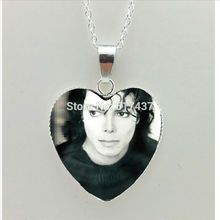 2017 New Michael Jackson Heart Necklace Moonwalk Pendant Classic Michael Jackson Silver Heart Necklace HZ3(China)