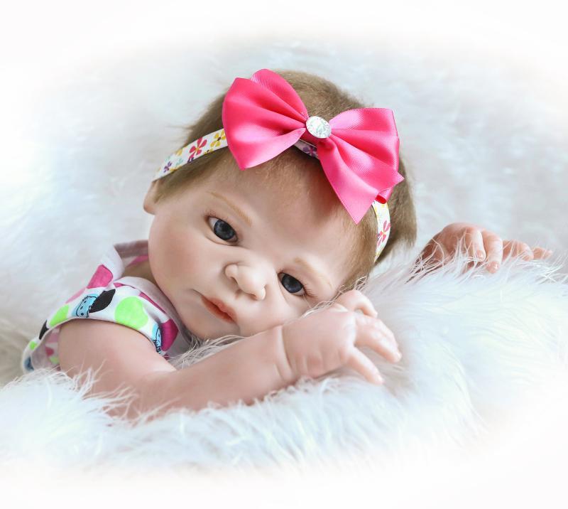 55cm Full Silicone Reborn Baby Doll Toys Simulation NPKCOLLECTION Victoria Baby Reborn Girl Baby Doll Girl Brinquedos Bathe Toy<br><br>Aliexpress