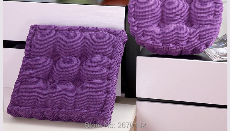 Corn-Cushion-790-02_14