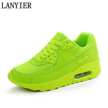 New Cheap 2017 Fashion Casual Shoes For Men Trainers Breathable Light Mesh Laces Male Shoes Adult