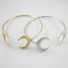 Hot the moon bracelet, two kinds of color zinc alloy moon bracelet, It is most beautiful bracelet to the most beautiful you