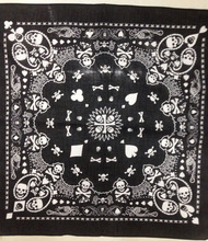 Free Shipping 2017 New 55CM*55CM 100% Cotton Black and White Skull And Paisley Bandana For Mens/Boys/Womens/Girls