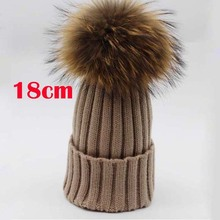 2017 New Womens Winter Raccoon Fur Hats Real Big 18cm Fur Pompom Beanies Cap Ladies Mink Fur Hat