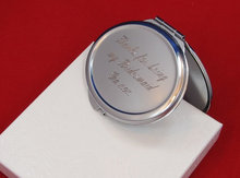 personalized compact mirrors bridesmaid gift free custom engraving round shaped compact mirrorc custom made gifts(China)