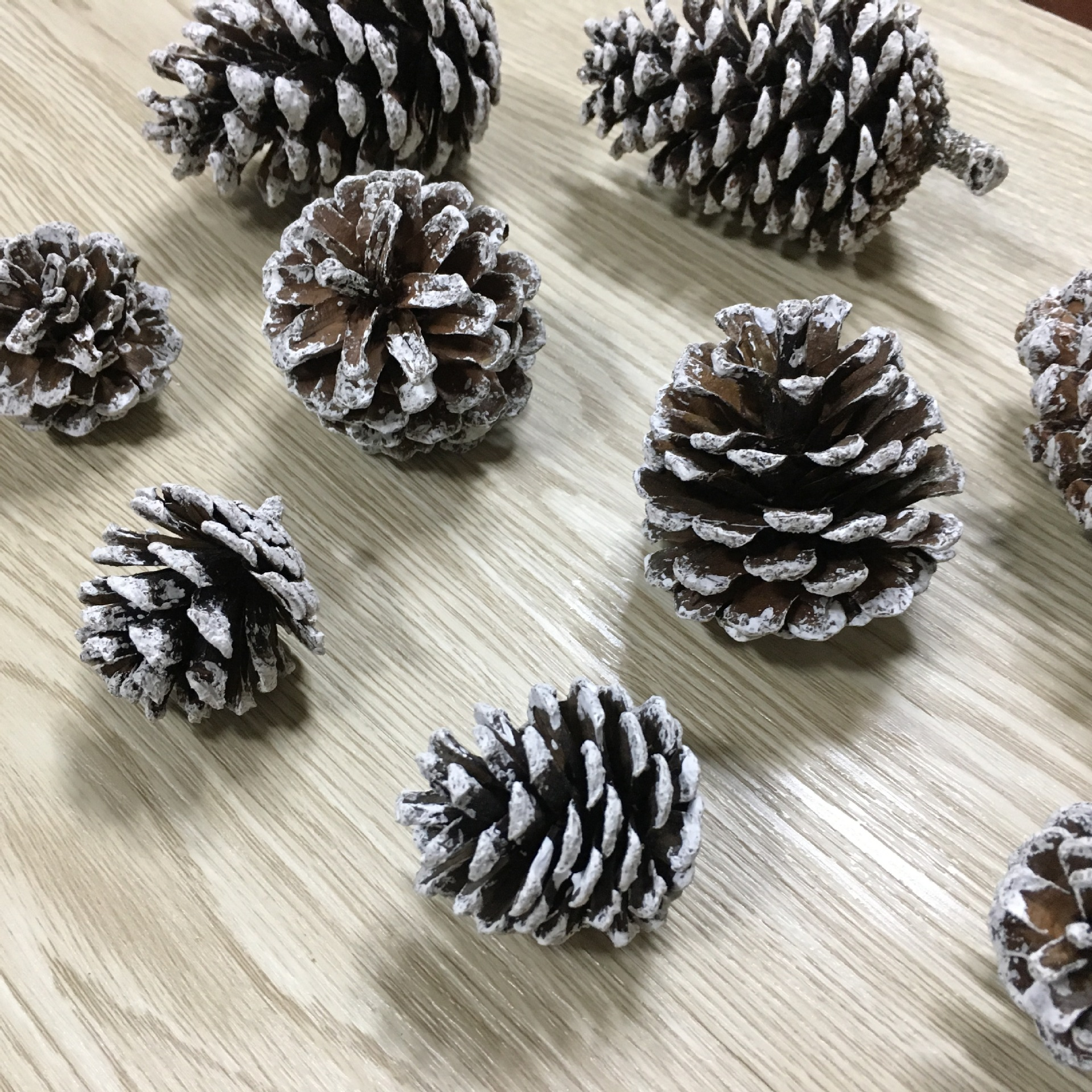 36pcs 4cm Christmas Pine Cones Pendant With String Natural Wood Christmas Tree Decoration Crafts Home Ornament Make better