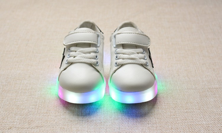 New 17 Cool LED lighted fashion new brand breathable children shoes cute little baby girls boys shoes kids sneakers 5