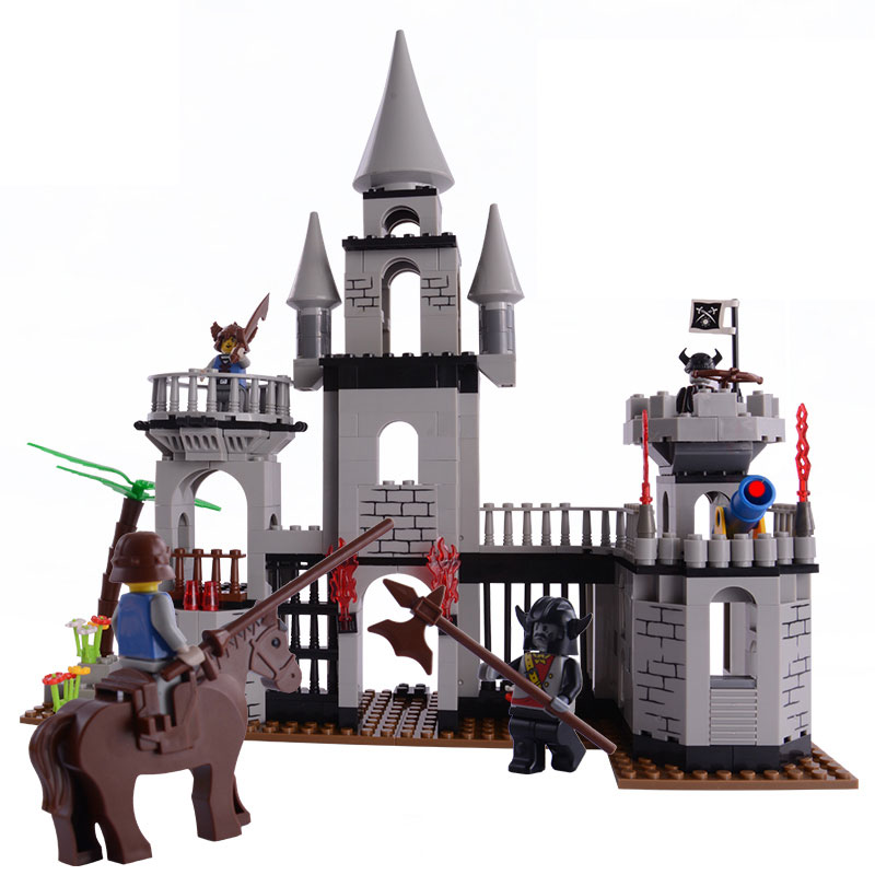 Castle Bricks 329pcs + 4 Figures + 1 Horse Building Blocks Sets Educational DIY Toys Gift Compatible With major brand blocks<br><br>Aliexpress
