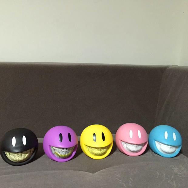 Limited Quantity Ron English Made by Monsters KAWS Smiley Grin Piggy Money Bank<br>