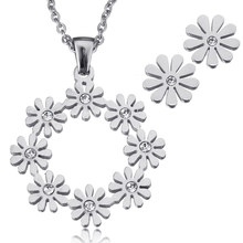 2017 Vitage Stainless Steel Jewelry Sets Flower Earring & Necklace For Women Wedding Bridal Stud Earring Charm Pendant Necklace
