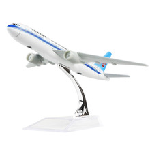 China Southern Airlines Boeing 777  16cm airplane models child Birthday gift plane models toys Free Shipping
