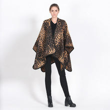 Vintage Leopard Print Poncho Cashmere Scarf Beautiful Scarfs for Winter Women Scarf Large Shawls Ponchos and Capes