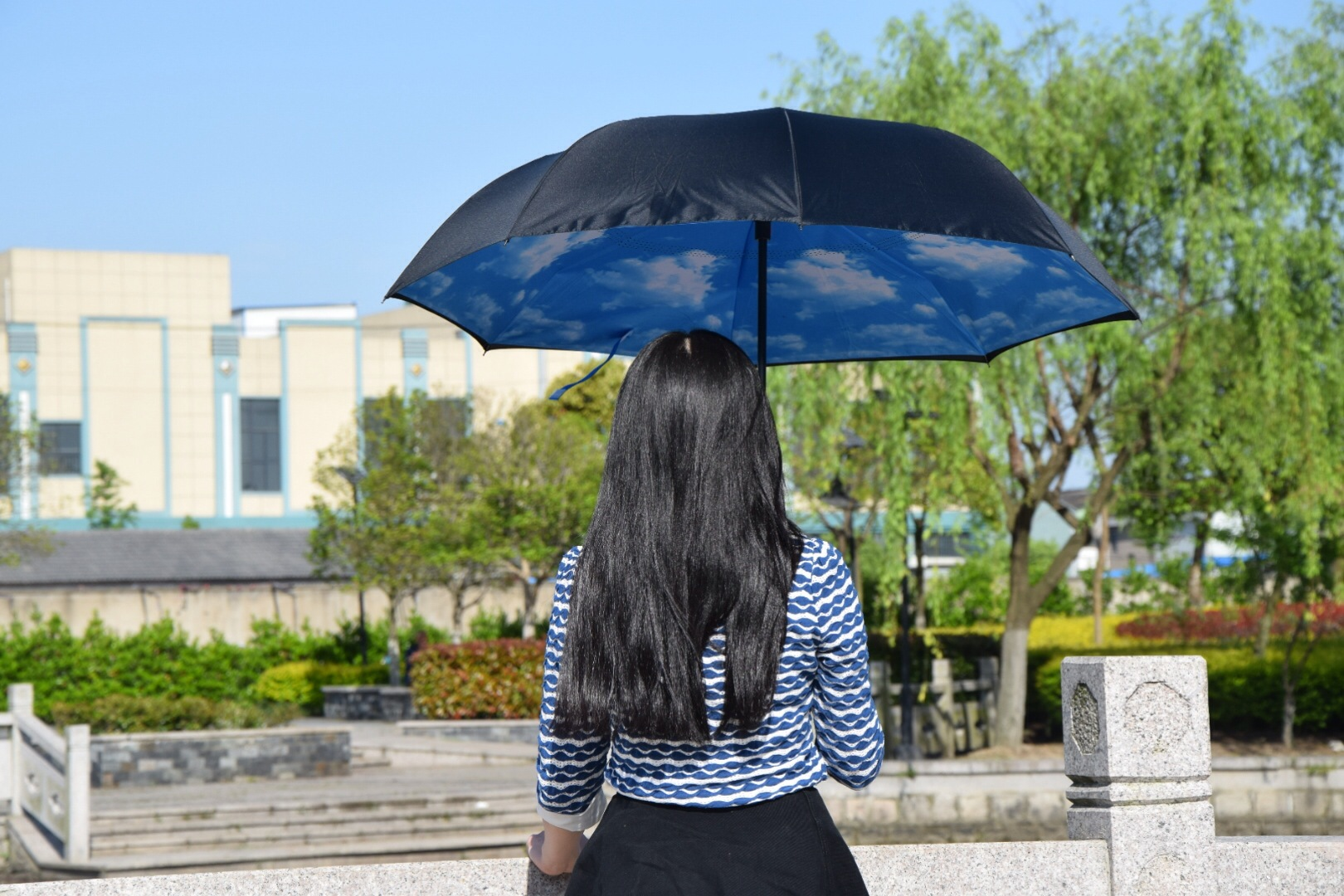 d610e2217a C-Hook Windproof Reverse umbrella Long Shank Inverted Double Layer Creative  Self Stand Rain Protection Umbrella Drop Shipping - us592