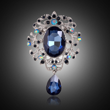 Danbihuabi 2017 Autumn Women Crystal Brooch Bouquet Trendy Jewelry Glass Rhinestone Brooch Pins Clothes Scarf  Accessories