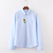 Spring Autumn New Women White Blouse Sunflower Embroidery Turn-down Collar Pockets Casual Cotton Ladies Shirts Long Sleeve