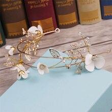 Bianco fiore del copricapo della sposa D oro a cerchio semplice tiara  wedding hair jewelry handmade wedding accessori per capell. f601a10ba9ca