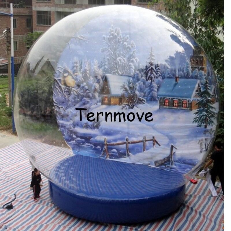 Inflatable Christmas Snow Globe1