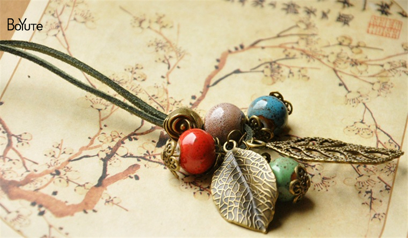 ethnic necklace (2)