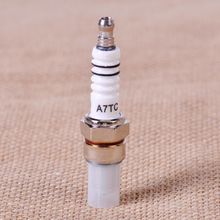 Metallo Spark Plug A7TC 10mm Fit For GY6 50cc 70cc 90cc 125cc 150cc Motorino ATV Quad Go Kart Dirt Bike Ciclomotore QMI157 QMI152 QMJ