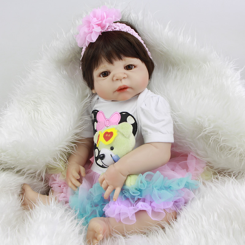 23 Inch 57 cm Lifelike Reborn Girl Dolls Real Touch Lifelike Newborn Babies Toy Wateproof Kids Playmate With Colorful Dress Suit<br><br>Aliexpress