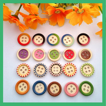 200Pcs 4 Holes Mixed Color Round Wooden Sewing Buttons for crafts and scrapbooking Children Kids 15mm