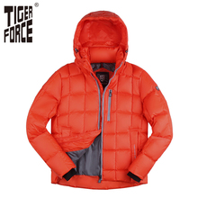 TIGER FORCE 2017 Men Fashion Down Jacket 70% White Duck Down Winter Down Coat Parka European Size Red Zipper Free Shipping D554(China)