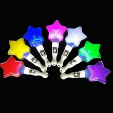 2017 Cartoon Five pointed Star Light Sticks LED Lighting Children Gift Toys Christmas Birthday Glow Party Supplies
