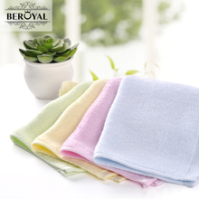 New 2017 Baby Towel -- 20pc/Lot Bamboo Hand Towel Baby Face Cloth Plain Dyed Children Bibs Soft Towels bathroom Brand Towel