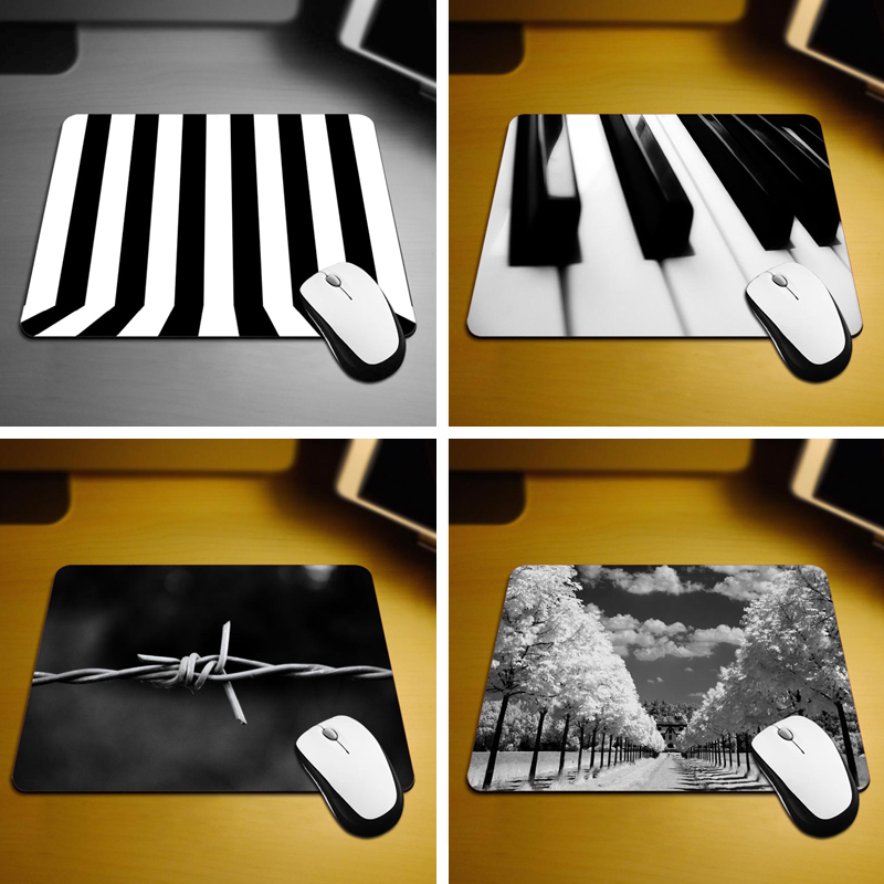 Black And White Lines Mouse Pad Fashion Computer Notebook Gaming Mice Mat 18*22cm and 25*29cm Mouse Mats