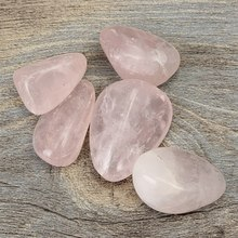 Kiwarm New 5pcs Natural Rose Pink Quartz Crystal Point Healing Stones Gemstones Craft Stone Rock for Home Decor Ornament Gift